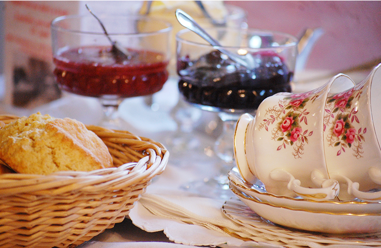 Royal Oak Farm cream tea